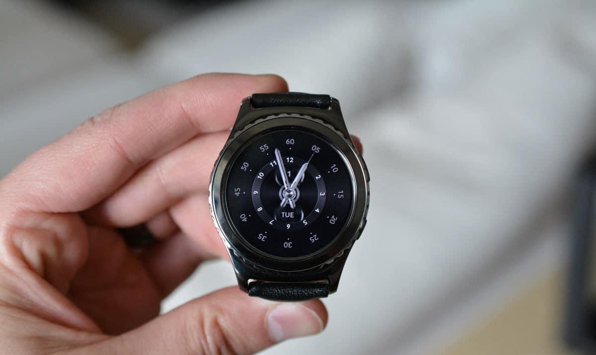 Samsung-Gear-S2-classic-4G